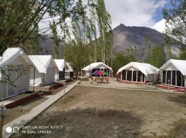 Lumbini Camp, Hunder, hotel in Leh