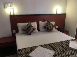 Hotel Chandrageet, hotel in Porvorim