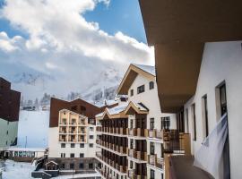 Rosa Ski Inn Hotel Rosa Khutor, бюджетный отель в Эстосадке