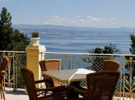 Hotel Lovran, pet-friendly hotel in Lovran