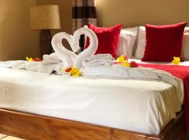 Mountain Lodge, hotel in Praslin