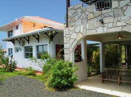Villa de charme avec piscine MQAA07, Cottage in Les Anses-d'Arlets