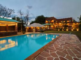 Oasis of Serenity by Vista Rooms, hotel with pools in Jodhpur