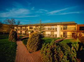 Sojka Resort - Hotel & Drevenice, hotel in Bešeňová