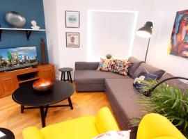 Galway City Apartment. 200m to Eyre Square, apartment in Galway