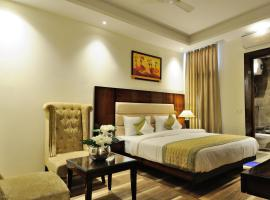 Hotel Peridot, hotel near Delhi International Airport - DEL, New Delhi