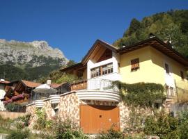 Villa Gardenia Molveno, apartment in Molveno