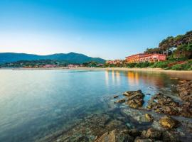 Hotel Del Golfo, hotel near Marina di Campo Airport - EBA, Procchio