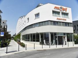 Appart-Hôtel Mer & Golf City Bassins à flot, hotel near La Cite du Vin, Bordeaux