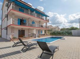 App Jadranka, hotel with pools in Umag