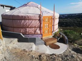 Yurta de Arico, glamping site in Arico Viejo