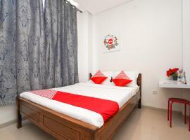 OYO 318 K1 UPN Rungkut Madya, hotel near Juanda International Airport - SUB,