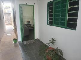 suite 02 - privativa, aconchegante e independente, apartment in Cuiabá