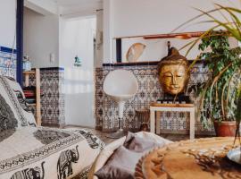 Lapa Guest House, bed & breakfast a Lisbona