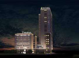 Апартаменты FreeDom, hotel near Russian National Public Library for Science and Technology, Novosibirsk