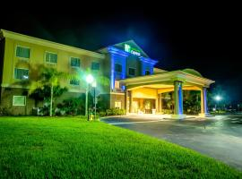 Holiday Inn Express Hotel & Suites Cocoa, an IHG Hotel, hotel near Port Canaveral, Cocoa