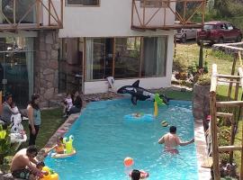 Casa de Campo INKARUMIS-HOUSE, hotel with jacuzzis in Urubamba