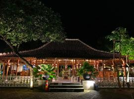 The Nalaya Hotel & Resto, hotel near Borobudur Temple, Borobudur