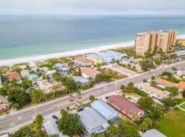 Hidden Paradise - Green Suite, villa in Clearwater Beach
