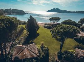 Résidence Agathos (un jardin sur la plage), hotel in Agay - Saint Raphael