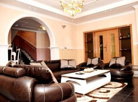 Duplex, 3 Bedroom Spacious House, villa in Lagos
