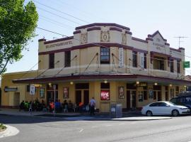 Sir Joseph Banks Hotel, hotel near Kingsford Smith Airport - SYD, Sydney