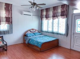 BYR homestay舒适有阳台温馨房 几步便利店 附近多家茶室, homestay in Kota Kinabalu