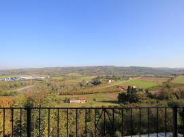 Terrace of Dreams, hotel in Cherasco