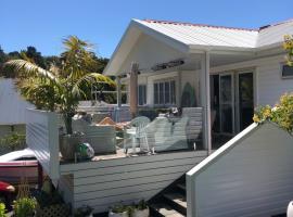 Hahei Pavillion Guest House, guest house in Hahei