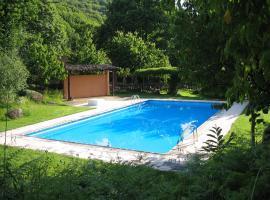 Albergue Turistico Valle del Ambroz, hotel in Hervás