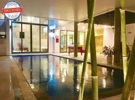 The Charming Pool Villa for Vacation nearby the Beach, biệt thự ở Đà Nẵng