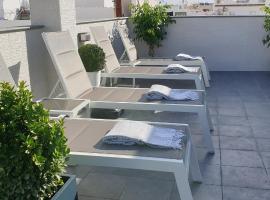 Apartamentos NUEVA 22, hotel cerca de Balcón de Europa, Nerja