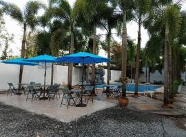 Vikings Resort, hotel sa Olongapo