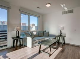 South River Apartments 30 Day Stays, apartment in Denver