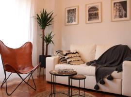 Bela Casa - Modern Designer Chic Central Coimbra, apartamento em Coimbra