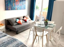 Charmant studio avec climatisation et parking, hotel in Perpignan