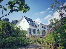 Le vent Homestay Tam Đảo, hotel with pools in Vĩnh Phúc