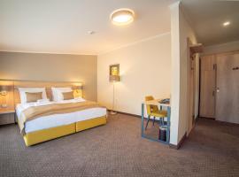 Hotel Soni Lux, hotel near Tuzla International Airport - TZL, Tuzla