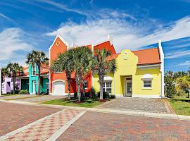 Spacious Banana Bay Townhome W/ Pool & Beach Condo, apartment in Pensacola