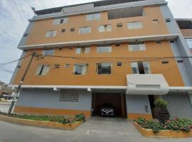HOTEL PUNTO DE ORO, hotel near Jorge Chavez International Airport - LIM, Lima