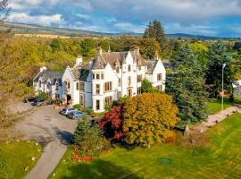 Kincraig Castle Hotel, country house in Invergordon