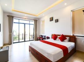 OYO 473 Suburban Villa, hotel di Hoi An