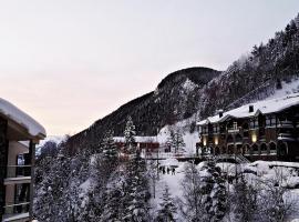 Apartamento Ski Amadeus Arinsal, hotel in Arinsal