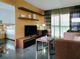 Hesperia Barcelona Fira Suites, hotel cerca de Aeropuerto de Barcelona - El Prat - BCN, L'Hospitalet de Llobregat