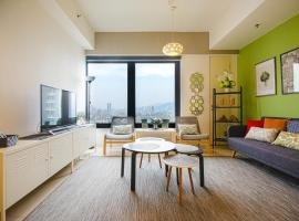 Casa Orient @ Macalister 218 ❈中路218东方之家 3BR 8PAX, apartment in George Town