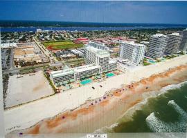 Beach View Apt In DBR-Resort, hotel in Daytona Beach