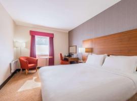 Clarion Cedar Court Wakefield Hotel, hotel near Belle Vue, Wakefield