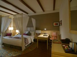 Crowne Plaza Jaipur Tonk Road, luxury hotel in Jaipur