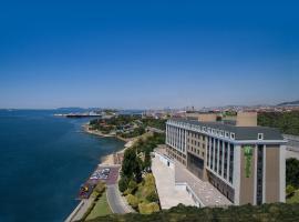 Holiday Inn Istanbul - Tuzla Bay, an IHG Hotel, hotel near Istanbul Sabiha Gokcen International Airport - SAW, Tuzla