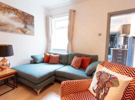 Beautifully decorated boutique house, hotel near Chester Train Station, Chester
